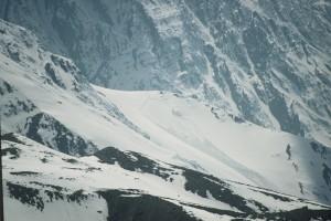 2001 Himalayan avalanche - a lucky man