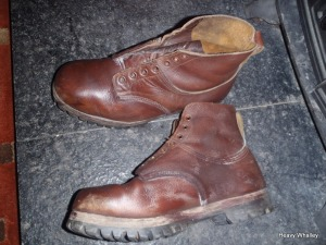 My first pair of issued boots the famous Hawkins Curlies - thin leather and a vibram sole !