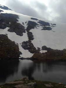 Boulder mark in the snow as it crashed down and stopped just at the Lochan