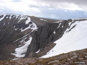 Mitre Ridge what a cliff.
