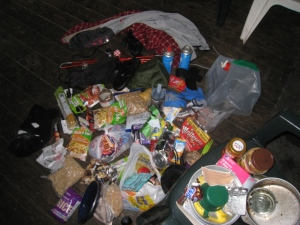 Rubbish at Corrour Bothy - Cairgorm Wanderer.