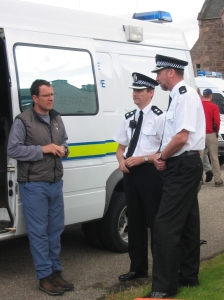 2002 Kenny with Policw 19 May 04