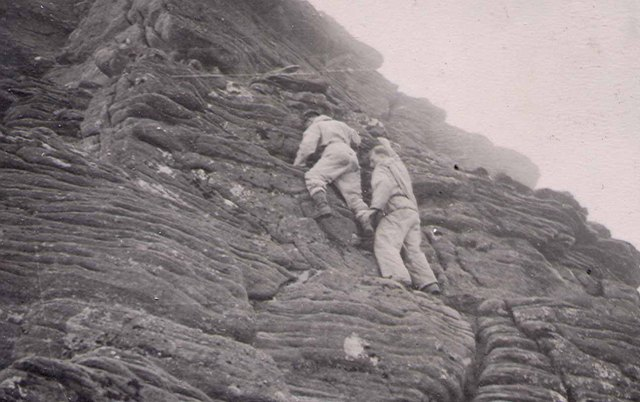 1950's The RAF Kinloss MRT troops on An Teallach