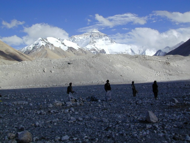 2001 everest clean up